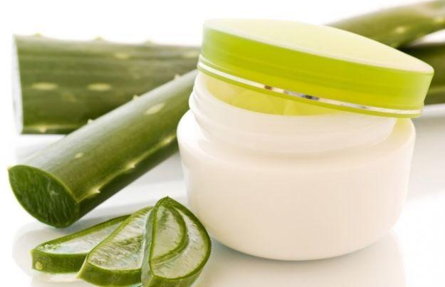 Benessere Femminile cosmeticos-con-aloe-vera Guida completa agli usi dei cosmetici all'aloe vera