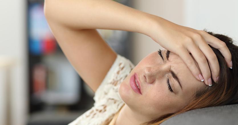 Benessere Femminile mal-di-testa-OLYCOM-kaZD-835x437@IlSole24Ore-Web Consigli e rimedi naturali per alleviare la dismenorrea