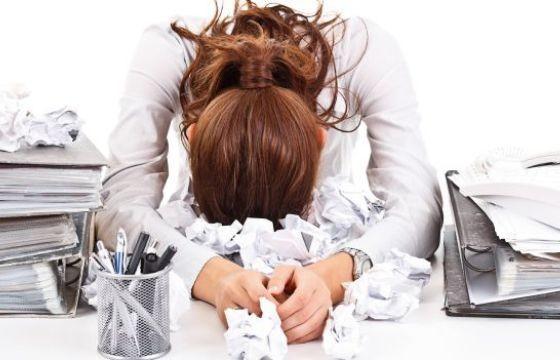 Benessere Femminile stress-lavoro Combattere lo stress del rientro a lavoro con la meditazione