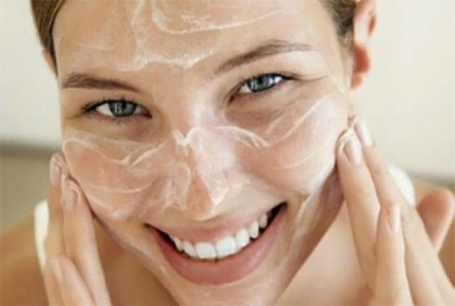 Benessere Femminile latte-detergente-naturale1 Rilastil Daily Care Latte Detergente 250 ml + Tonico 250 ml - recensione e prezzo