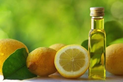 Benessere Femminile olio-limone1 Olio e limone per depurare il fegato in modo naturale
